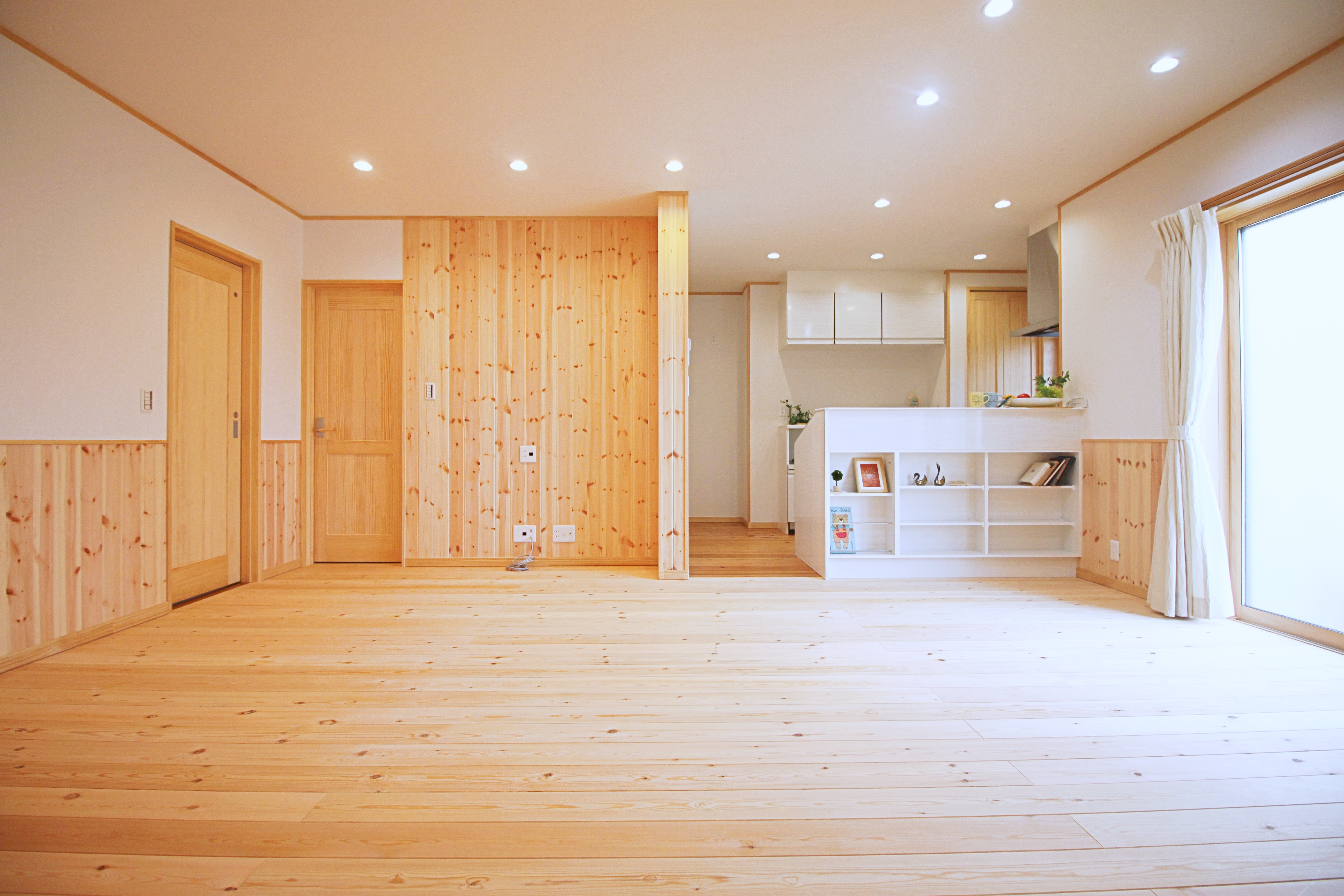 収納たっぷり!木のぬくもり溢れる平屋のお家